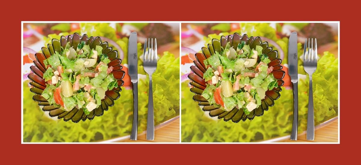 Pikanter Kartoffelsalat mit Tomaten und Schmelzkäse