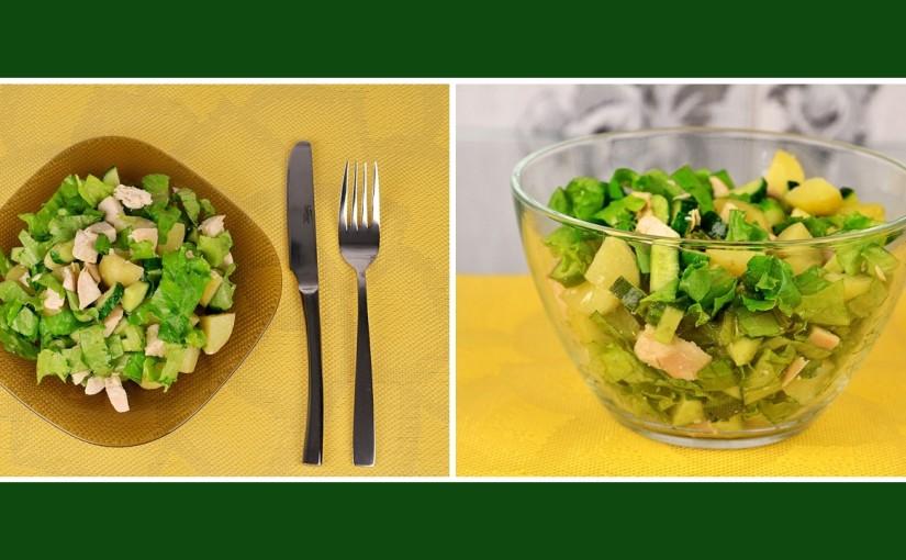 Grüner Salat mit Kartoffeln und Hähnchenbrust